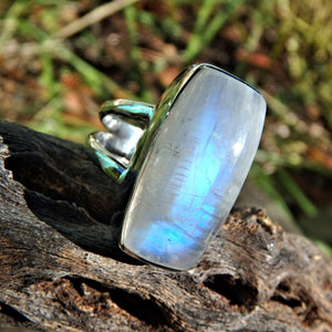Mystical Blue Flashes Rainbow Moonstone Ring in Sterling Silver (Size 6)