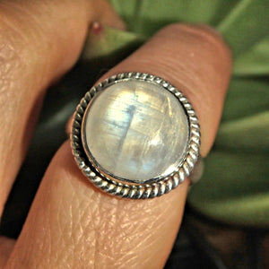 Full Moon Vivid Flashes Rainbow Moonstone Ring in Sterling Silver (Size 7)
