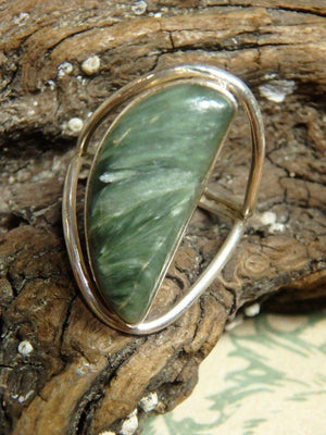 Angelic Seraphinite Gemstone Ring (Size 8) - Earth Family Crystals