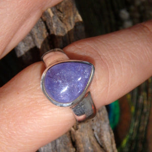 Gorgeous Raindrop Purple Tanzanite Gemstone Ring in Sterling Silver (Size 8.5)