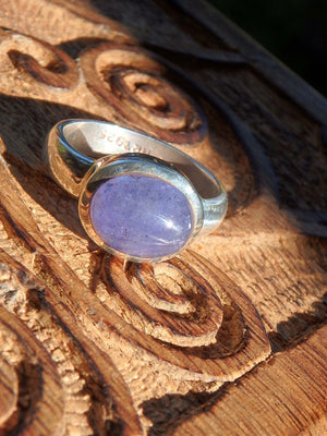 Violet Purple Tanzanite Ring in Sterling Silver (Size 8) - Earth Family Crystals