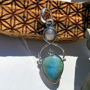 Gorgeous Blue Larimar & Moonstone Sterling Silver Pendant (Includes Silver Chain) #1
