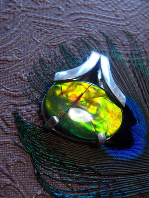High Grade~ Breathtaking Flash Ammolite Gemstone Pendant In Sterling Silver (Includes Silver Chain) - Earth Family Crystals