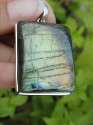 Chunky Golden Flash LABRADORITE PENDANT In Sterling Silver * Includes Free Silver Chain - Earth Family Crystals