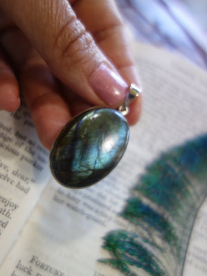 Sea Foam Green Blue Oval Labradorite  Pendant In Sterling Silver (Includes Silver Chain) - Earth Family Crystals