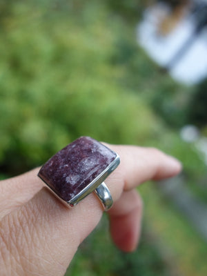 Lovely Deep Lilac Lepidolite Ring In Sterling Silver (Size 8) - Earth Family Crystals