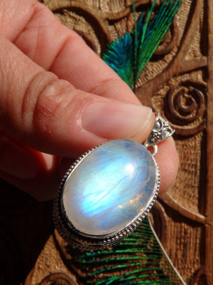 Incredible Flash & Design Rainbow Moonstone Pendant In Sterling Silver (Includes Silver Chain) - Earth Family Crystals
