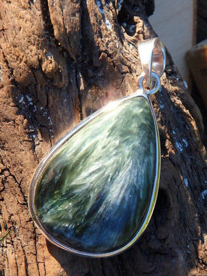 Angel Wings Seraphinite Gemstone Pendant In Sterling Silver (Includes Silver Chain) 1 - Earth Family Crystals