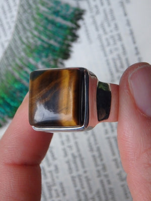 Fabulous Golden Glow Chunky Tiger Eye  Ring In Sterling Silver (Size 12) - Earth Family Crystals