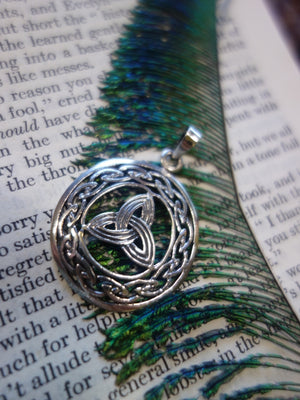 Lovely Celtic Design Triquetra Sterling Silver Pendant - Earth Family Crystals