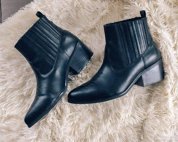 Black Chelsea Pointed Boot