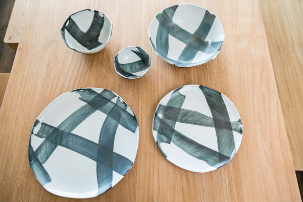 Criss Cross Appetizer Plate
