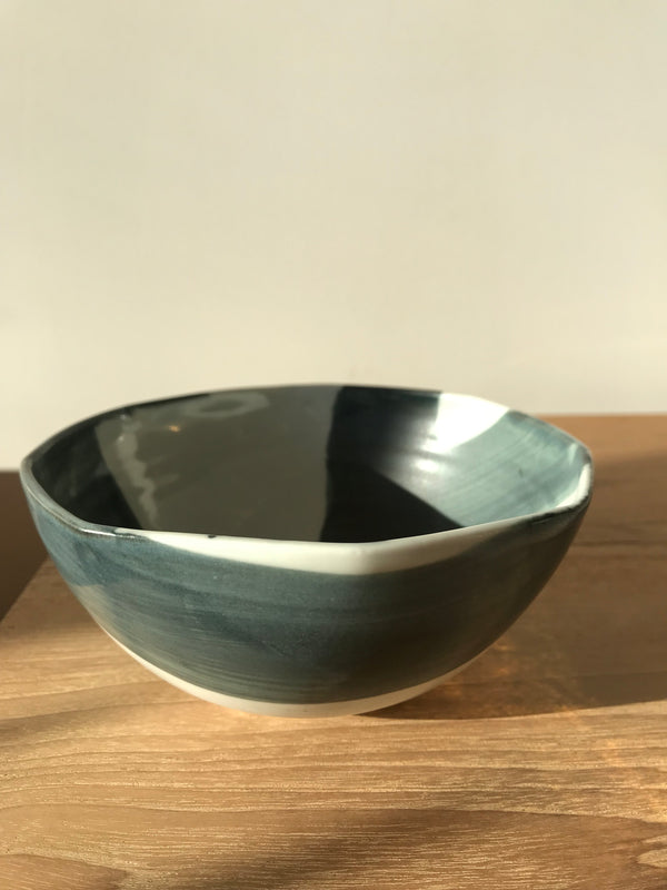 Criss Cross Soup Bowl