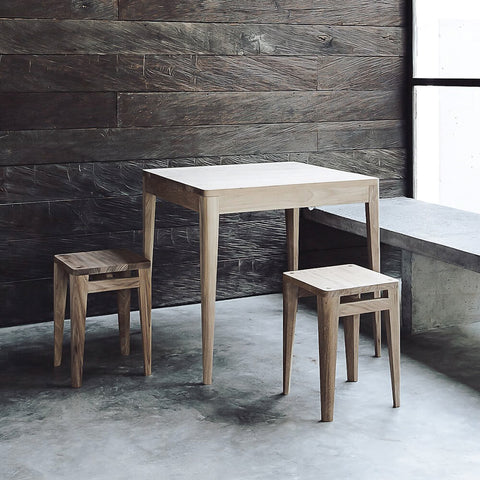 Lula Table, Square