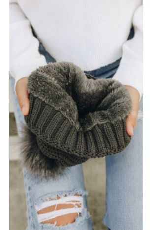 Sherpa lined pom beanie in gray