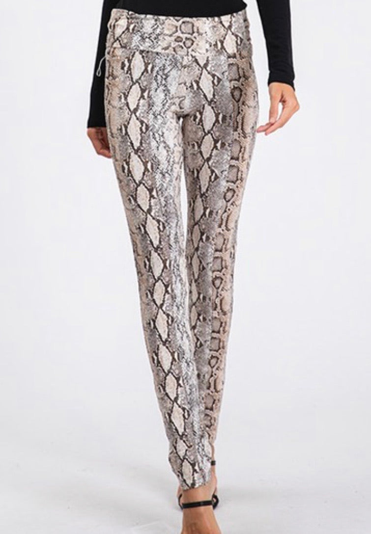 HISSY FIT SNAKEPRINT LEGGINGS