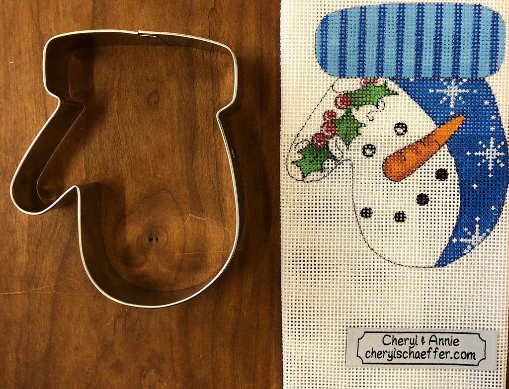 Snowman mitten with cookie cutter ornament Kit