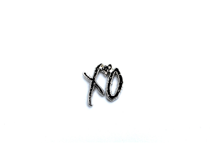 """XO"" Lapel Pin 