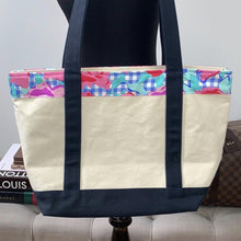 Vineyard Vines for the 145th Kentucky Derby Tote Bag Roses Classic Floral - 2019 Edition - At One Boutique, LLC