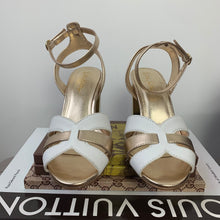 Lilly Pulitzer Alana Sandals In Resort White Size 6
