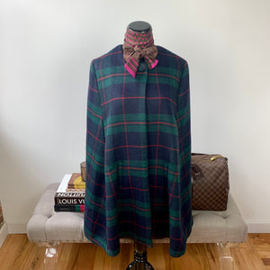 Mark & Graham Stella Cape in Black Watch Plaid Size Small