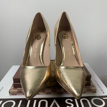 River Island Gold Wide Fit Razor Heel Court Shoes Size US 6