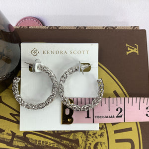 Kendra Scott Maggie Small Hoop Earrings In Silver Filigree - At One Boutique, LLC