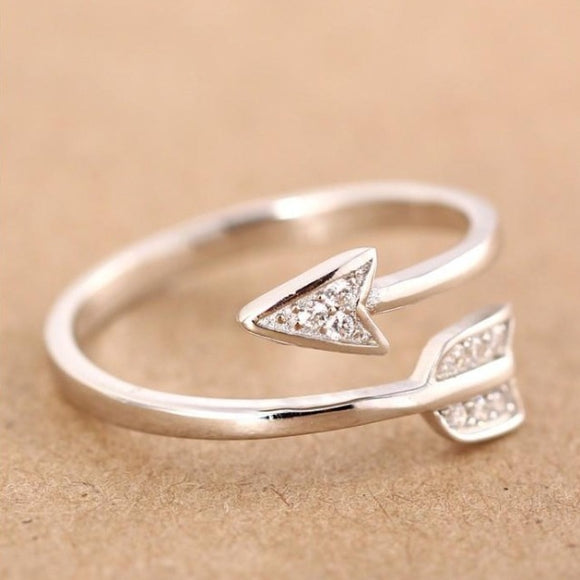 Women's Fashion Silver Plated Arrow Crystal Ring