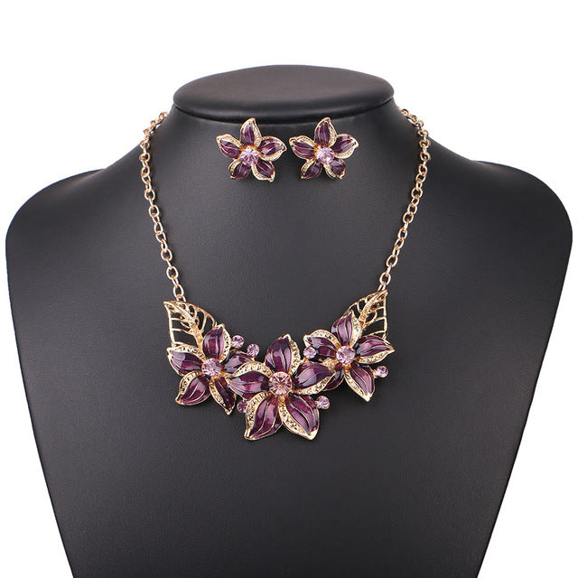 Red Statement Necklaces For Women