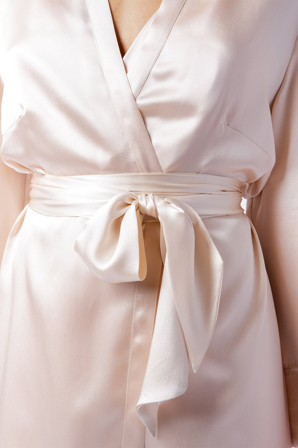 Alice Robe in blush, belted closeup