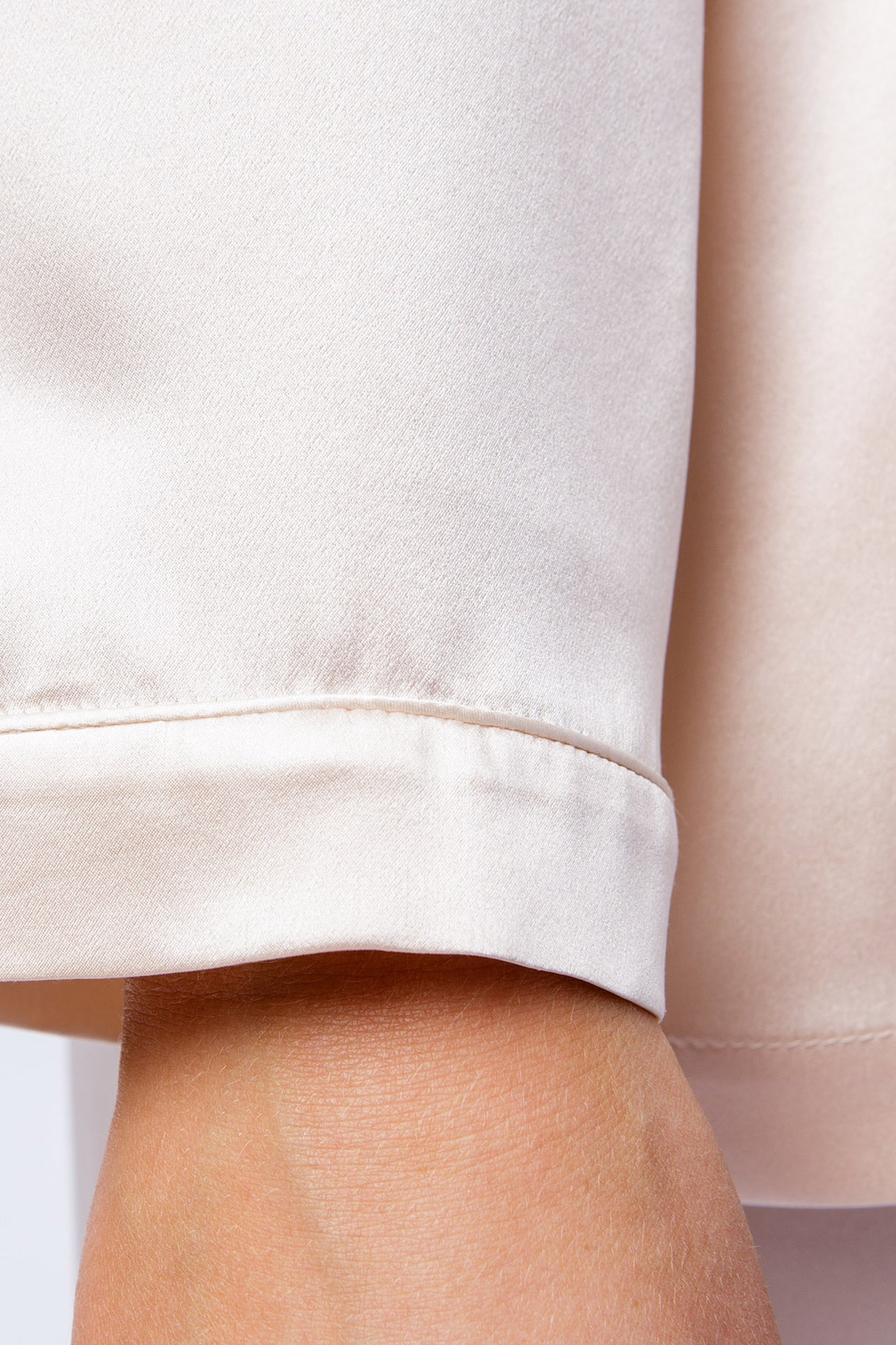 Ann shirt in blush, cuff closeup