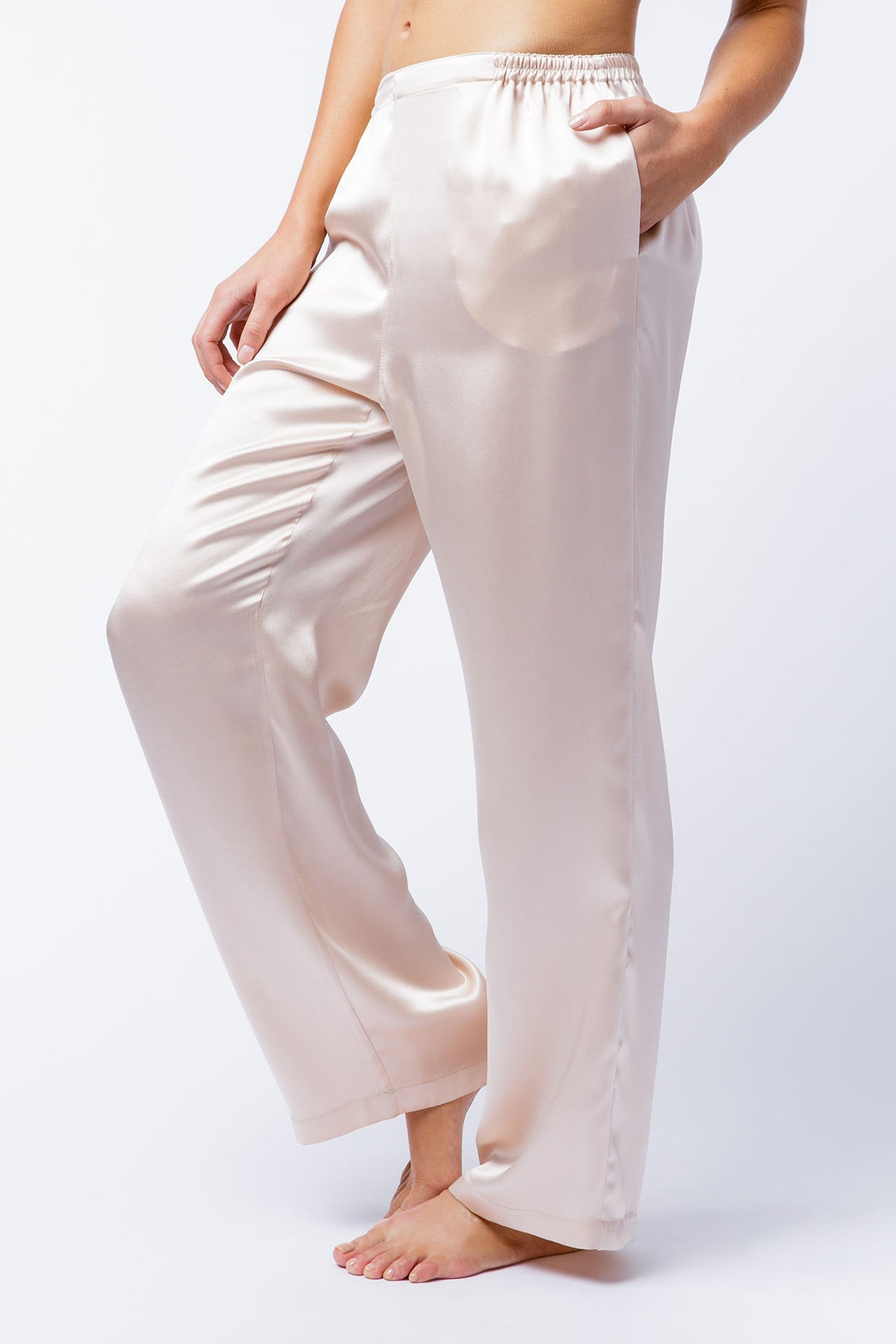 Bella pants in blush, side