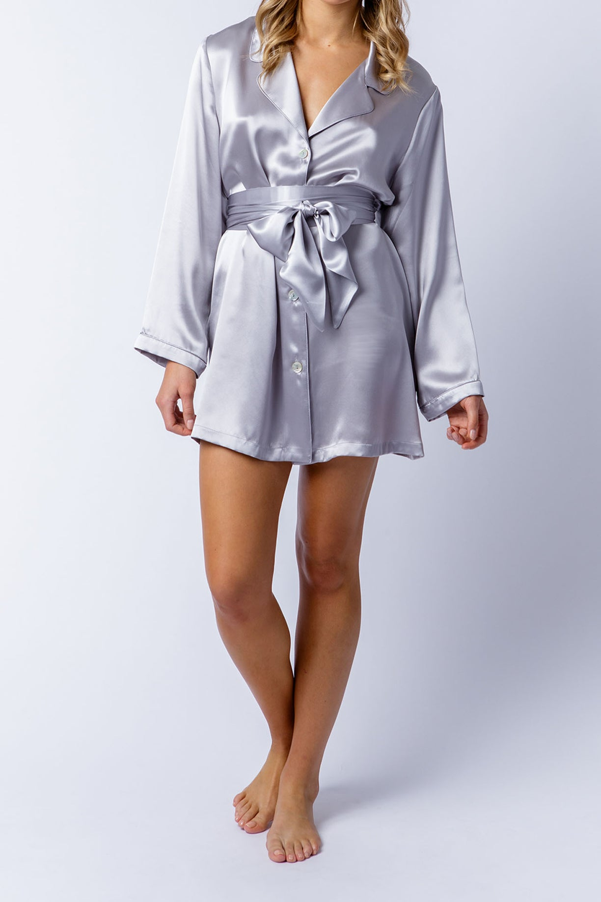 Margie shirt in silver, belted front