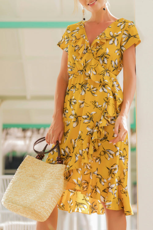 Venidress Trendy V Neck Asymmetrical Yellow Blending Knee Length Dress