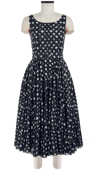 Aster Dress Boat Neck Sleeveless Midi Length Cotton Musola (Nolde Check)