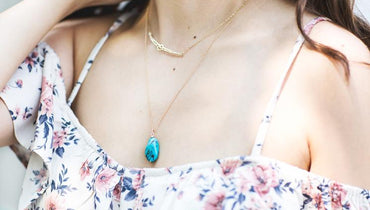 How to Style a Pendant Necklace