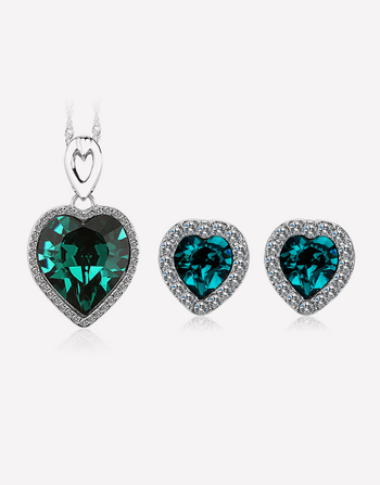 Titatic Heart Shaped Crystal Necklace with Crystal Earrings