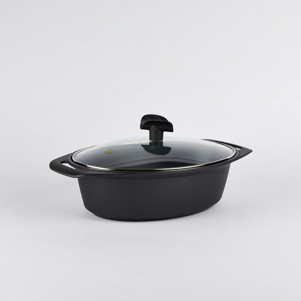 Oval Roaster with Glass Lid