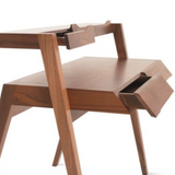 Primary Desk Nathan Yong