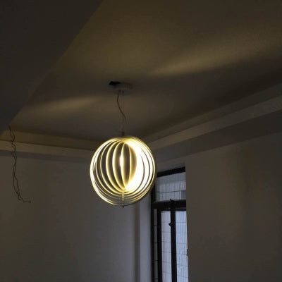 Phantom Moon Pendant light
