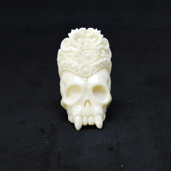 "Hand Carved Skull Quenn 2.3"" Buffalo Bone Beard Bead RB3762"