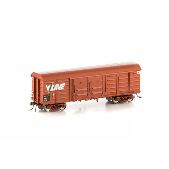 Auscision Vbbx Louvered Van Vr Wagon Red With V/line Logo 4 Car Pack Vlv-29 Ho Rolling Stock