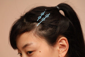 Idol Hairpin Light Blue