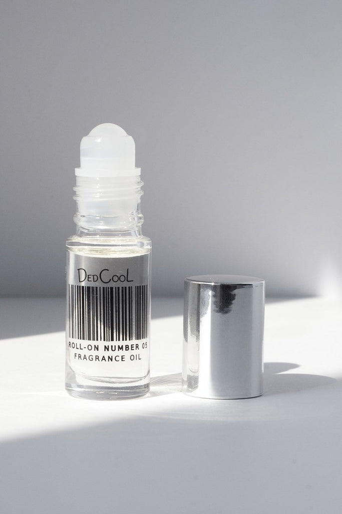 DedCool Roll-On 05 Spring. Uni-Sex, Non-Toxic, Vegan, Natural, Clean, Safe, Organic Fragrance Oil. Made in Los Angeles.