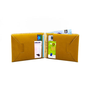 portefeuille en cuir recyclé origami WOODSTAG leather wallet brun clair