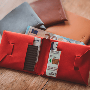 portefeuille en cuir recyclé origami WOODSTAG leather wallet