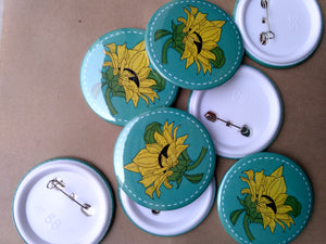 Pin-Back Buttons : Sunflower