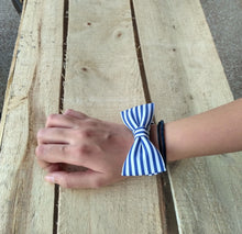 Monki Bow Hair Scrunchies : Stripes