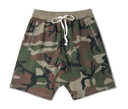 ESSENTIAL ZIPPED SHORTS - CAMO