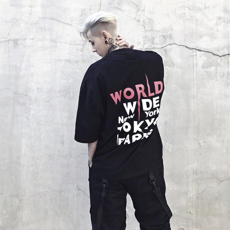 """WORLD WIDE"" T-SHIRT - BLACK STREETFASHION"